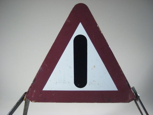 Very old iron adag hazard triangle ebay for Kermit alla finestra