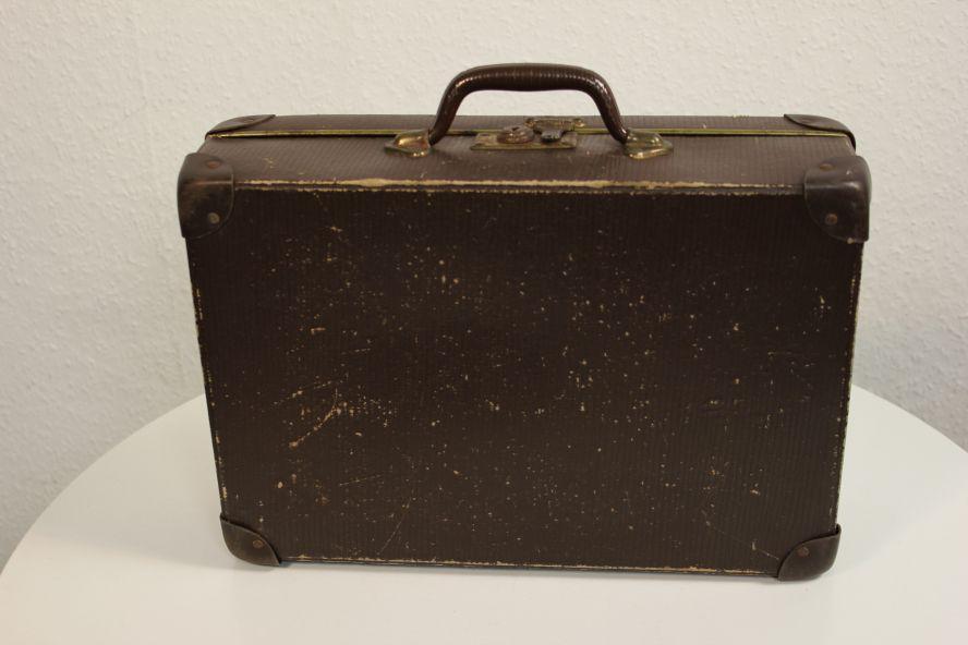 kleiner deko kinder reise koffer 20er 30er jahre schl ssel 36x27x10cm vintage ebay. Black Bedroom Furniture Sets. Home Design Ideas