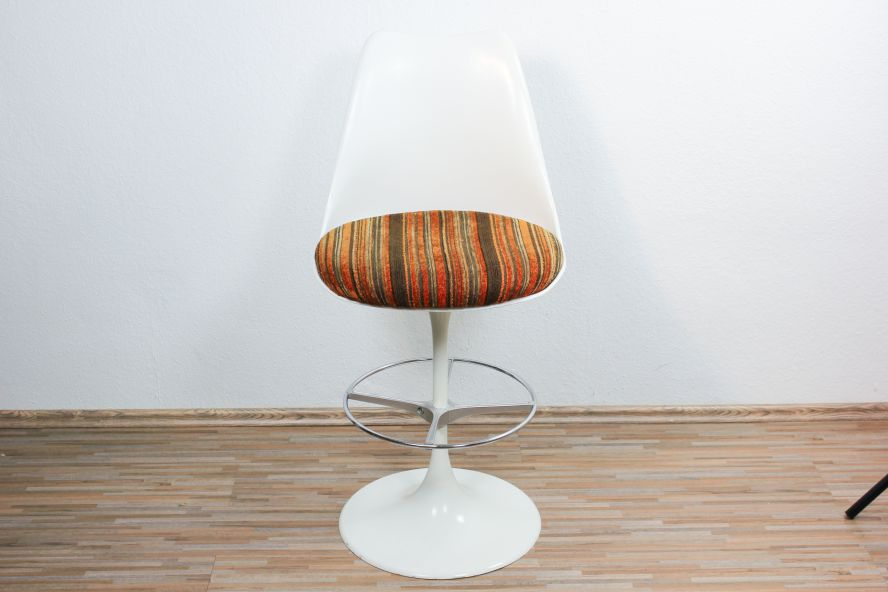 After auction please wait i will send you the total for Barhocker 70er jahre