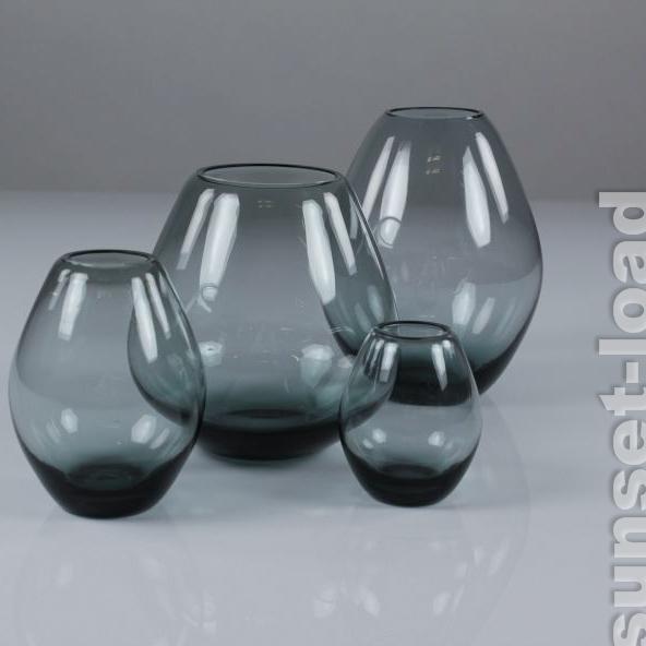 WMF-Glas-Vasen-Konvolut-Wilhelm-Wagenfeld-50er-Jahre-4-Stueck-turmalin-2-vintage