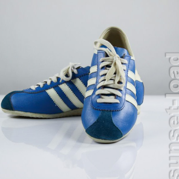 d12f110eed59 Das Bild wird geladen ADIDAS-Rekord-Sneaker-Oldschool-Turn-Schuh-Gr-37-