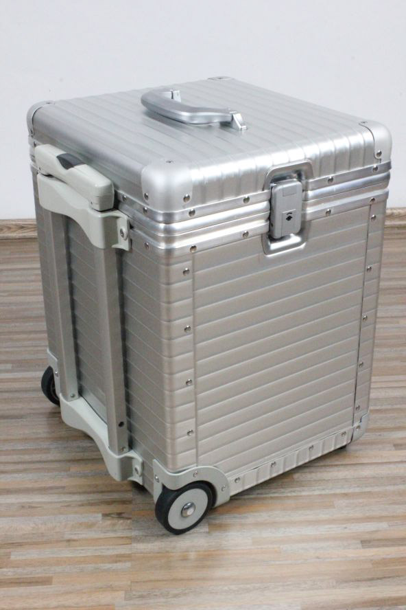 rimowa trolley alu piloten akten koffer ibm edition topas laptop 50x35x37 ebay. Black Bedroom Furniture Sets. Home Design Ideas